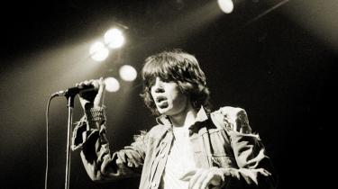 Selv hos evigtunge Mick Jagger kan alderen læses i klangposerne under hagen og de foldede øjenlåg. Men alligevel bliver hans rockgeneration ved med at have betydning.