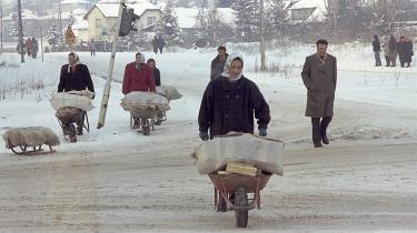 Befolkningen i det muslimske Bosnien er præget af korruption og mangelfuld infrastruktur. Derfor står de og stirrer misundeligt over til det velfungerende Republik Srpskaer, mener denne læserbrevsskribent.
