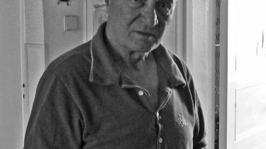 -Det hænger ikke sammen at kæmpe for en bedre verden og så samtidig skyde sine egne-, siger Ciro Bustos, der i de seneste 32 år har boet i Sverige og først for nylig genså Buenos Aires.