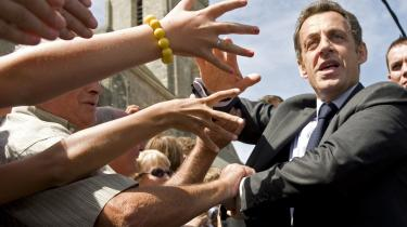 Kometkarriere. Sarkozys politiske karriere er imponerende: byrådsmedlem som 20-årig, borgmester som 28-årig, vice-præsident for Hauts-de-Seine regionen som 30-årig og medlem af Nationalforsamlingen da han var 33. Han blev minister første gang, da han var 38. Som 52-årig blev han Frankrigs præsident.