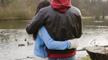 Man vælger dog ikke ægtefælle efter nationalitet. Det ville dog gøre livet nemmere for en hel del - etnisk blandede- par i Danmark. Model