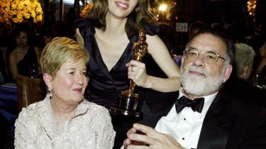 Tre gange Coppola. I baggrunden datteren, Sofia, der står med sin Oscar for filmen -Lost In Translation- - og til højre familiens berømte overhoved, Francis. Til venstre Eleanor, der nu har udsendt sine dagbøger.