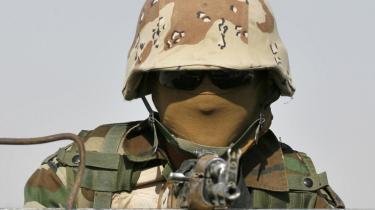 Et ægte fremskridt. Iraks genopbyggede hær bliver nu indsat - ikke mod landets naboer eller til massemord på landets egne indbyggere, men - i oprydningskampagner mod al-Qaeda og Mahdi-hæren. En forbedring. En udpræget forbedring, skriver Hitchens.