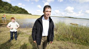 Anders Fogh Rasmussen til åbningen af Danmarks første naturpark i Thy i weekenden. Forude venter en noget sværere opgave, når han skal forsøge at sikre Danmarks stramme udlændingepolitik i EU-sammenhæng.