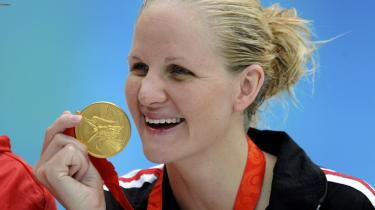 Den zimbabwiske svømmer Kirsty Coventry vandt en guld- og tre sølvmedaljer ved OL i Beijing, hvilket er med til at give Zimbabwe førstepladsen på landelisten, når man indregner demografi og økonomi.
