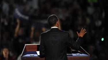 Den demokratiske præsidentkandidat lover et opgør med den traditionelle politik