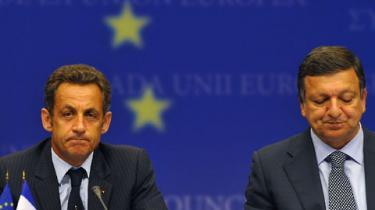 Russiske styrker skal trække sig ud af Georgien, før forhandlingerne om en ny partnerskabsaftale kan træde i kraft, lød det i går fra det ekstraordinære EU-topmøde i Bruxelles. Men analytikerne tvivler på, at der virkelig bliver slået skår i samarbejdet