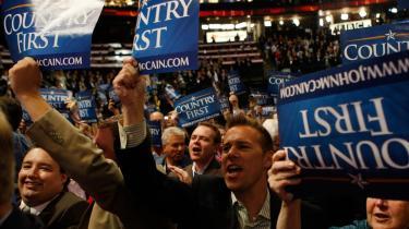 De delegerede på republikanernes kongres raser over det, de betragter som en demokratisk orkestreret smædekampagne mod vicepræsidentkandidat Sarah Palin.