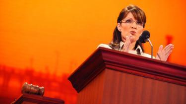 De amerikanske medier roser Palins tale, men mener, det er for tidligt at fælde endelig dom over McCains vicepræsidentkandidat