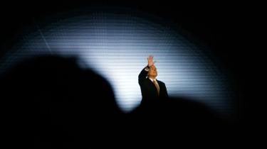 "Nogle amerikanske medier roser McCains tale. Andre savner den gamle ""Maverick McCain"""