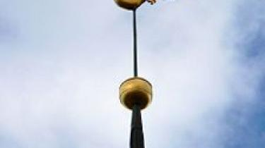 Har vejrhaner, som pryder toppen af mange kirker, nogen religiøs betydning?