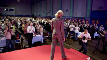 SOCIALDEMOKRATERNE KONGRES.: Socialdemokraterne startede lørdag middag deres 2-dages kongres i Aalborg Kongres og Kulturcenter. Her forlader formand Helle Thorning-Schmidt efter beretningen. (