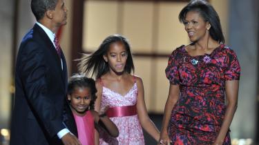 Barack Obamas to døtre, Sasha og Malia, kan skrive sig ind i en lang tradition i Det Hvide Hus. hvis han bliver valgt.