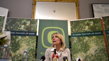 Den nye konservative leder, Lene Espersen, lægger ud med at love værdidebat det kommende halve år: -Vores udlændingepolitik skal på ret kurs igen-, sagde hun på et pressemøde i går.