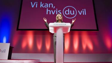 Den socialdemokratiske top vender ryggen til partiets højeste myndighed og ignorerer kongressens beslutning om at afskaffe satspuljen. 'Uacceptabelt,' mener S-baglandet