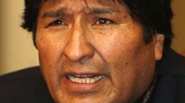 Unionen af Sydamerikanske Nationer gav på sit møde mandag i Chile sin uforbeholdne støtte til Bolivias præsident, Evo Morales, hvis regering er truet af selvstyrebevægelsen i den østlige del af landet