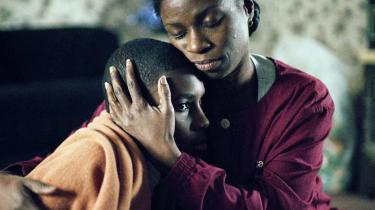 Uafhængig. JimMyron Ross som James og Tarra Riggs som Marlee i Lance Hammers drama 'Ballast', der vandt prisen for bedste instruktion og bedste fotografering i Sundance og faktisk fik et tilbud om distribution fra IFC Films, selv om filmens komplekse historie foregår i Mississippi-deltaet med ukendte afro-amerikanske skuespillere på rollelisten.
