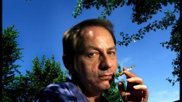 Michel Houellebecq har lavet en oppustet maveplasker.