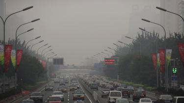 Hovedindsatsen mod klimaforandringerne er besparelser og vedvarende energi, men det er ikke nok. Dæmoniseringen af a-kraften står i vejen for mere effektive løsninger