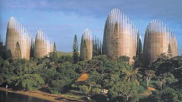 Den italienske arkitekt Renzo Piano bliver i dag tildelt Sonningprisen, som tidligere er gået til bl.a. Jørn Utzon og Alvar Aalto foruden Dario Fo, Miles Davis og Niels Bohr