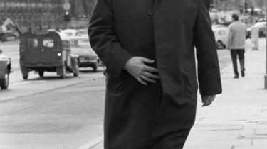For de filosofisk opvakte i de flade 1970'erne, som var grundigt trætte af Anker Jørgensen og barnepigestatens omkalfatring af folks liv, var den amerikanske filosof Robert Nozicks værk 'Anarchy, State and Utopia' en åbenbaring.