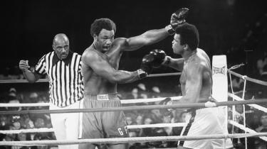 -The Rumble in the Jungle- mellem Muhammed Ali og George Foreman er en af de mest legendariske kampe i boksningens historie. Kampen blev bokset 29. oktober 1974 i Kinshasa, Zaire, og Muhammed Ali vandt efter stor dramatik.