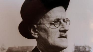 Sarkastiske nedsablinger af den svenske Nobelkomité, overbærende hovedrysten og en lille smule forståelse var nogle af reaktionerne på Det Svenske Akademis sekretær Horace Engdahls beskyldninger om isolation og snæversyn i amerikansk litteratur