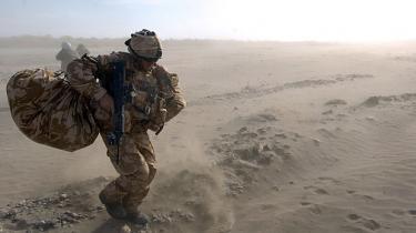 Måske skulle man indføre skrivepligt for udsendte? Vi bliver umådeligt meget klogere på krigen af de to første, danske soldaterbøger fra Afghanistan