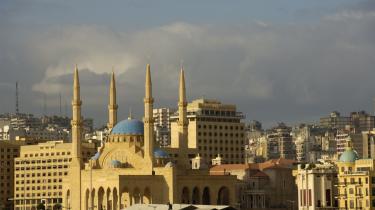 Foruden den store moské, der blev genopbygget efter borgerkrigen, byder Beirut også på modebutikker, diskoteker og nogle af de bedste restauranter i hele Mellemøsten.