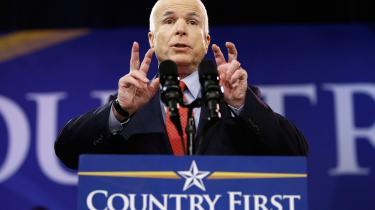 Barack Obama og John McCain kappes nu om, hvem der har den bedste plan for at sætte skub i USA's økonomi. Samtidig barsler demokraterne med en jobplan til en pris på mindst 150 mia. dollar