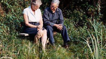I første, forrygende kapitel af bogen 'Idealisten - en biografi om Hans Scherfig' læser vi om Hans Scherfigs ulykkelige forelskelse i østrigske Liesl. Han opgiver aldrig håbet, og får hende til sidst og lever lykkeligt med hende til sine dages ende.