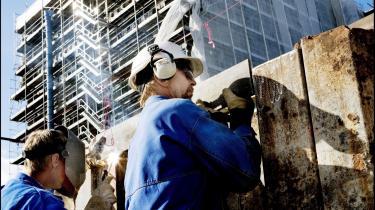 Både i byggeriet og industrien mærkes den økonomiske afmantning nu, og der er ikke længere mangel på arbejdskraft.