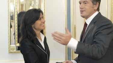 Ukraines præsident, Viktor Jusjtjenko, mødtes i sidste uge med chefrådgiver Ceyla Pazarbasioglu fra Den Internationale Valutafond. Ukraine ønsker et lån på op til 14 milliarder dollar.