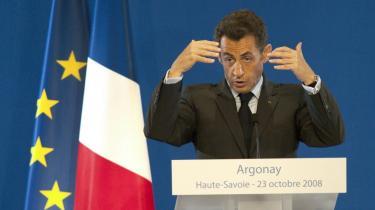 Ifølge franske embedsmænd har Nicolas Sarkozy ambitioner om at fortsætte som -økonomisk leder- af Europa, når han den 31. december forlader posten som EU-formand.