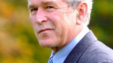 George W. Bush vil gøre livet surt for sin forventede demokratiske efterfølger ved at gennemføre kontroversiel lovgivning per dekret