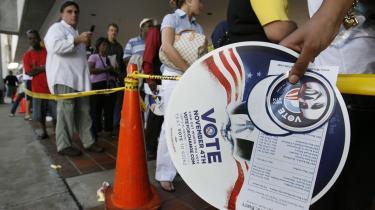 I dag afgør de amerikanske vælgere, hvem der skal overtage præsidentposten. Meningsmålingerne siger, at Obama vinder, men blandt andet valgdeltagelsen og vejret kan spille ind på sidste etape.