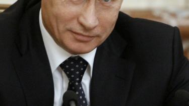 Vladimir Putin er en eftertragtet mand. I Italien kalder en kendt tv-vært ekspræsidenten for sin -erotiske drøm-.
