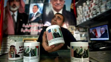 Udsigten til demokraten Barack Obama som den næste amerikanske præsident blev umiddelbart mødt med skepsis i Mellemøsten onsdag.
