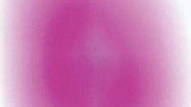 Mads Gamdrups fotografier voldsomt inciterende. De er store og klare, som fingeraftryk af farver, og selv om det måske svarer til at sidde og stirre ind i en 40-watts-pære, er det svært ikke at blive fascineret