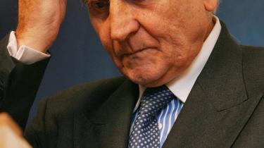 Direktør for den Europæiske Central Bank, ECB, Jean-Claude Trichet har vist sig forbløffende fattet gennem den seneste økonomiske storm, skriver David Prosser.