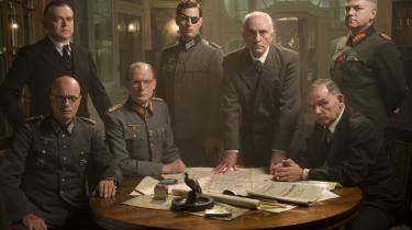 Naziregimets brutalitet har vakt dyster fascination igennem 60 år. Nu er en ny bølge af film om Anden Verdenskrig på vej, deriblandt 'Valkyrie' med Tom Cruise (i midten) i rollen som som oberst Claus von Stauffenberg med klap for øjet.