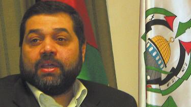 Møde med en Hamas-leder i Libanon: 'Vi er ikke ansvarlige for belejringen, og vi kan intet gøre for at hindre den, med mindre vi adlyder diktater fra Fatah, Israel og Vesten, der forlanger, at vores demokrati passer til deres sko'
