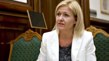 -Jeg kan kun sige, at vi er meget opmærksomme på, at der skal være god ledelse i vores institutioner-, siger kulturminister Carina Christensen.