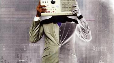 Det vil nok være de færreste læsere heromkring, der kender til rapperen Q-Tips virke. Det på trods af, at Q-Tips særlige fornemmelse for hiphoppens gyldne newyorker-alder gennemstrømmer meget af den varme rap nu om dage