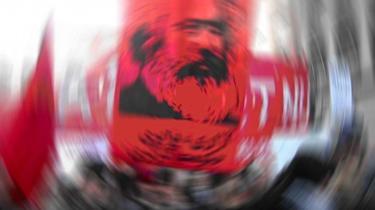 Neoliberalismens fald lugter af marxismens genkomst, men hvilke realistiske alternativer kan venstrefløjen hoste op med? Det seneste oplag af Marx- -Das Kapital- er væk som dug for solen.