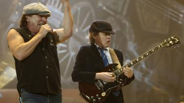 Det burde ikke komme bag på nogen, at mange har lyst til at opleve AC/DC live, men det gjorde det. Billetlugen blev igen taget på sengen.