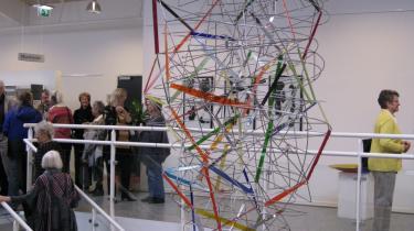 Det er kun i ganske få af værkerne i Vordningborg at glassets særlige muligheder inddrages