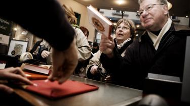 Dankortet svinges mindre hyppigt i de danske boghandler i år i forhold til sidste år. Arkiv