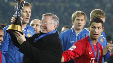 Guldæg. Manchester Uniteds træner, Sir Alex Ferguson, er end ikke villig til at diskutere salg af klubbens eftertragtede stjerne, Cristiano Ronaldo.