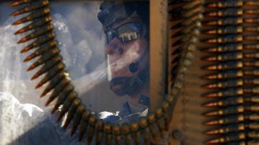 30.000 ekstra amerikanske soldater skal i den kommende år være med til at sørge for sikkerheden før og under præsidentvalget i Afghanistan, men Taleban har allerede advaret om, at flere amerikanere blot betyder flere mål at gå efter.